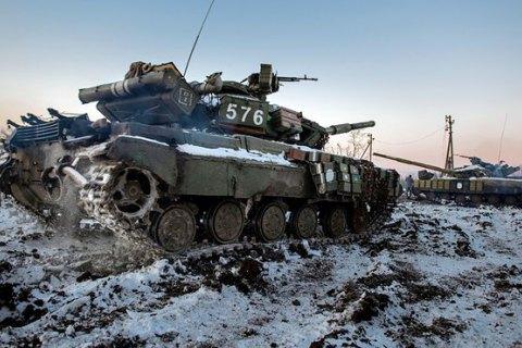 Боевики 12 раз обстреляли позиции ООС на Донбассе, есть раненый