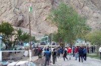 Кыргызстан заявляет об обстреле жилых домов таджикскими военнослужащими
