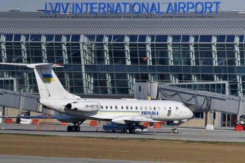 В аеропортах Києва та Львова встановлять лабораторії для перевірки на коронавірус