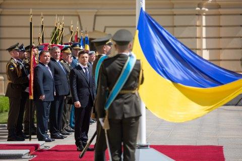 Зеленский принял полномочия Верховного главнокомандующего ВСУ