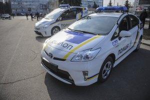 У украинских патрульных будет американская форма и японские машины