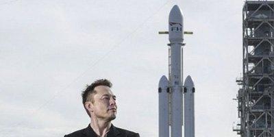 Ілон Маск підкорив космос. Запуск приватної ракети, який змінить світ