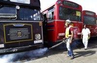 На Шрі-Ланці пасажирський автобус перекинувся у канал, 44 поранених