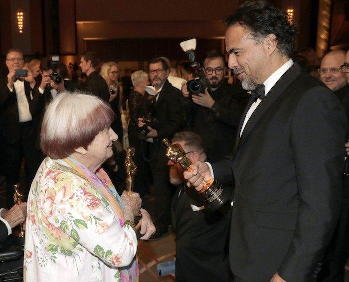 """Аньес Варда и Алехандро Гонсалес Иньярриту на Губернаторском балу, где им вручили почетные """"Оскары"""""""