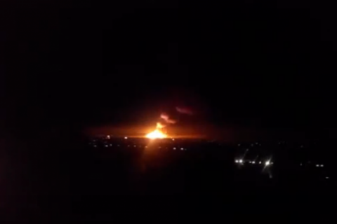 В Сватово горят склады с боеприпасами (Обновлено)