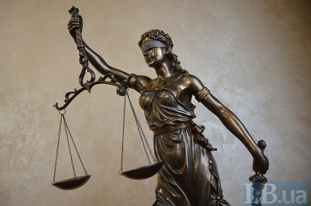 Порошенко назвал нападение на руководителя ВСП Бенедисюка попыткой срыва судебной реформы