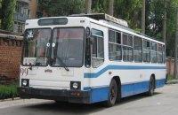 Житель Полтавы попал в больницу после удара током в троллейбусе