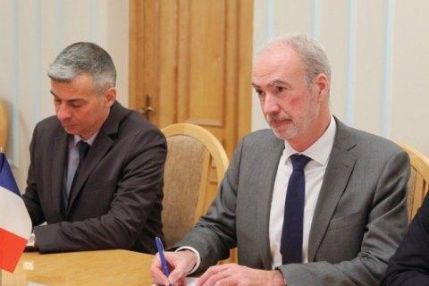 """Франция готова помочь Украине в расшифровке """"черных ящиков"""" сбитого самолета МАУ, - посол"""