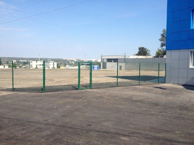 Майданчик для автотранспорту терміналу «Гранд Вінд»