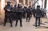 Появилось новое видео расстрела протестующих