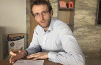 Джеймс Харт: Пошук і стягнення виведених з країни грошей коштує мільйони доларів