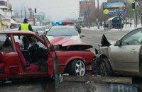В Киеве в жестком лобовом столкновении пострадали два человека