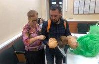 """У """"Лефортово"""" прийняли передачі для 32 українських політв'язнів"""