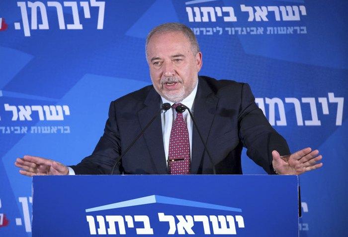 Авигдор Либерман во время встречи с избирателями в Иерусалиме, 17 сентября 2019