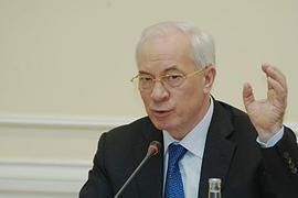 Азаров объясняет проблемы с мукой ментальной отсталостью населения