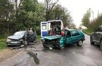 В тройном ДТП в Черновицкой области пострадали пять человек