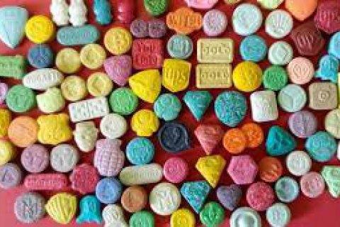 Учені виявили ефективність MDMA під час лікування алкоголізму