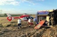 В Турции сошел с рельсов пассажирский поезд, есть погибшие
