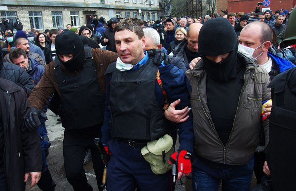 Начальника горловской милиции выводят сепаратисты