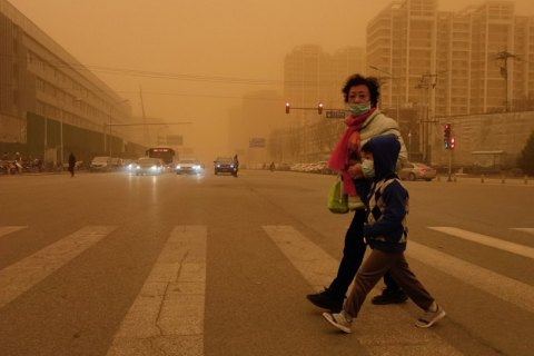 Пекін накрила найсильніша за останні 10 років піщана буря
