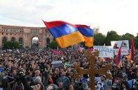 Вибори прем'єра Вірменії призначили на 8 травня