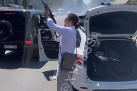 Під Одесою святкували весілля зі стріляниною з автоматів (оновлено)