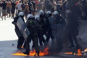 Греческие фермеры протестуют против высоких цен на горючее