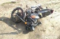 На Волыни две несовершеннолетние сестры попали в аварию на мотоцикле, одна из них погибла