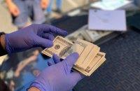 На Чернігівщині воєнком попався на $1200 хабаря за непризов до армії