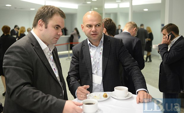 Народный депутат Украины Лев Пидлисецкий (справа)