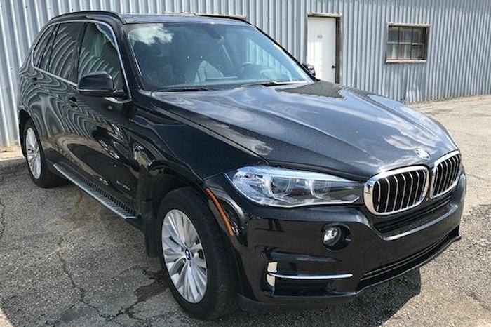 Авто BMW X5 2015 року випуску