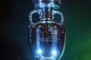 Симеоне стал третьим, кому удалось выиграть Кубок УЕФА в качестве игрока и тренера