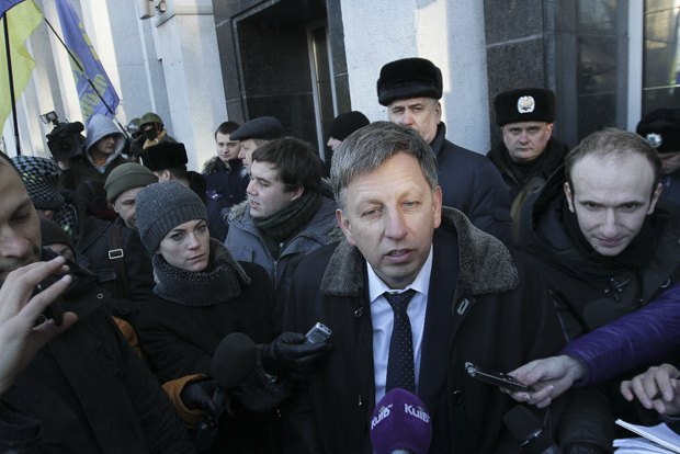 Владимир Макеенко заявил о выходе из Партии регионов.