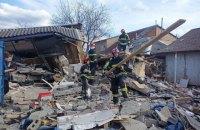 В Соломенском районе Киева взрывом разрушен гараж и 2-этажный дом