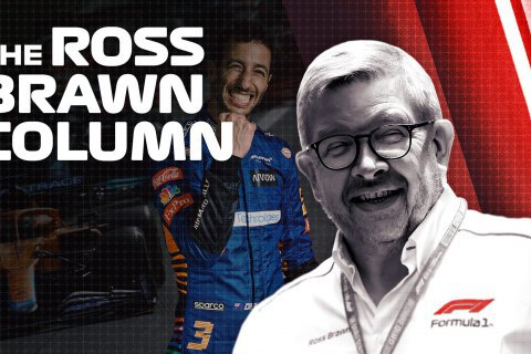 """Спортивный директор Формулы-1 обозвал Гамильтона и Ферстаппена """"двумя петухами в одном курятнике"""""""