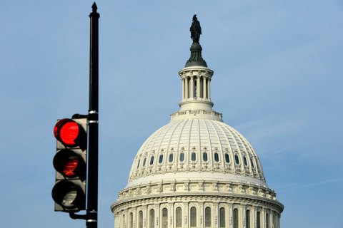 Капітолій у Вашингтоні знову оточено поліцією (оновлено)