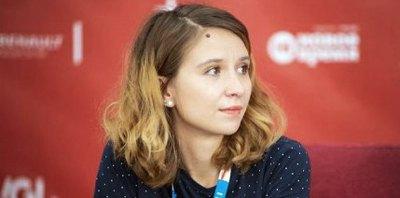 """Алиса Коваленко: """"Когда вместо школы кино – ноль, ты даже бунтовать против нее не можешь"""""""