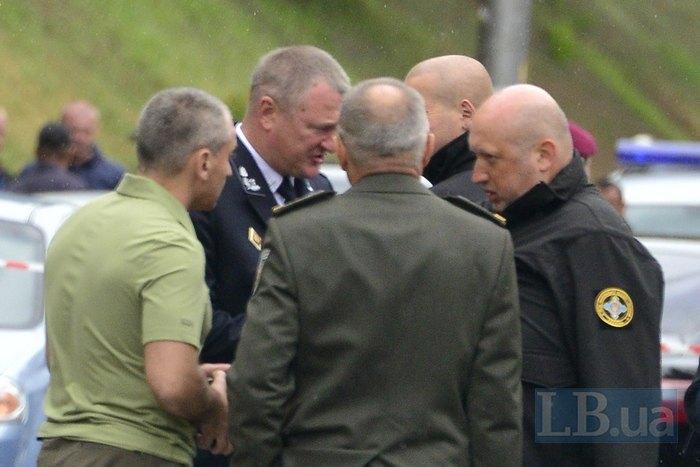 Сергій Князєв і Олександр Турчинов на місці вибуху