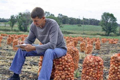 Правительство увеличило финансовую поддержку малых фермеров