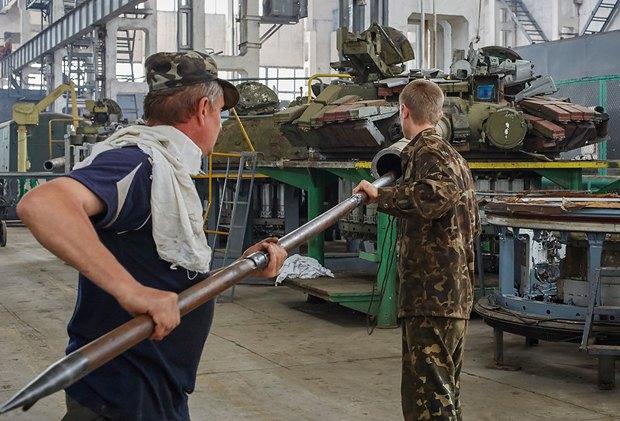 Харьковский танковый завод, где модернизируют танки Т-80 для нужд армии
