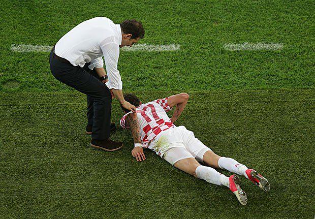 Тренер збірної Хорватії Славен Білич і підопічний Маріо Манджукич
