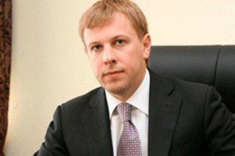 Прокуратура вирішила відсудити в Хомутинніка 15 га в Українці
