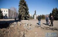 Боевики обстреляли Луганское и Светлодарск