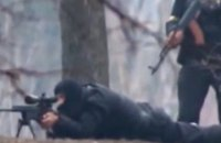 Суд оставил под арестом бывшего снайпера, подозреваемого в убийстве режиссера Храпаченко во время Евромайдана