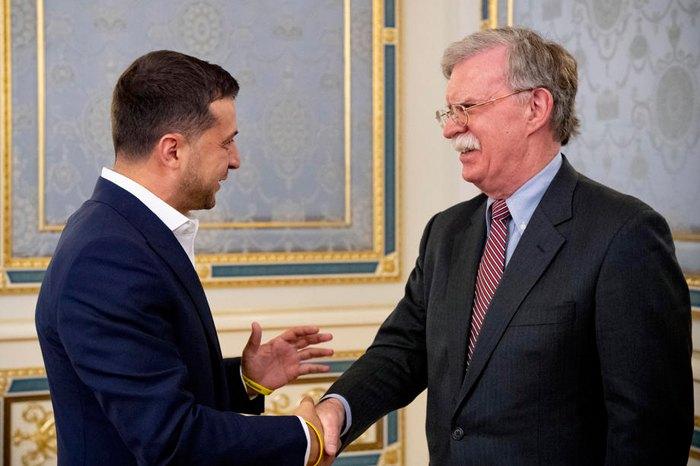 Президент Украины Владимир Зеленский и советник Президента США по национальной безопасности Джон Болтон