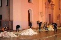 Ужгород к приезду Азарова убирали в три смены