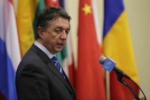 Украина требует от России объяснений относительно военной техники на границе
