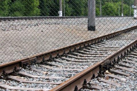 Во Львовской области на железной дороге нашли мертвым 17-летнего парня (обновлено)
