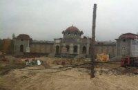 Іванющенко будує великий особняк в Кончі-Заспі