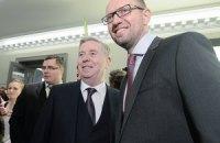 США и Европа могут выделить новой власти $15 млрд помощи, - Яценюк